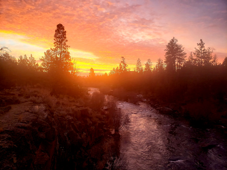 Sunrise Deschutes Sawyer Park John Breeden 1228