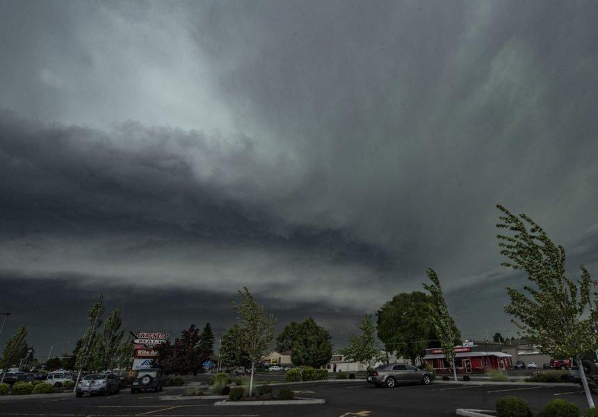 Bend dark storm skies Scott Redd 530
