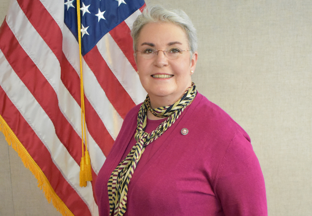 Oregon Department of Veterans Affairs Director Kelly Fitzpatrick