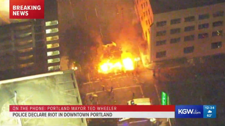 Portland fires, vandalism, looting as protest turns into riot; at ...
