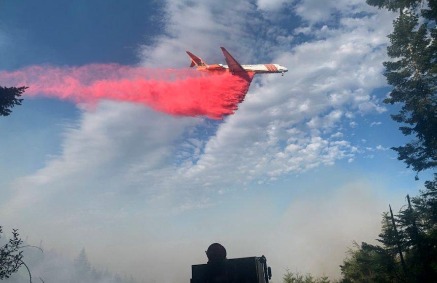 Fir Mountain Fire retardant drop 82