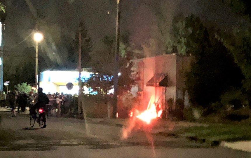 Portland police arson riot 824