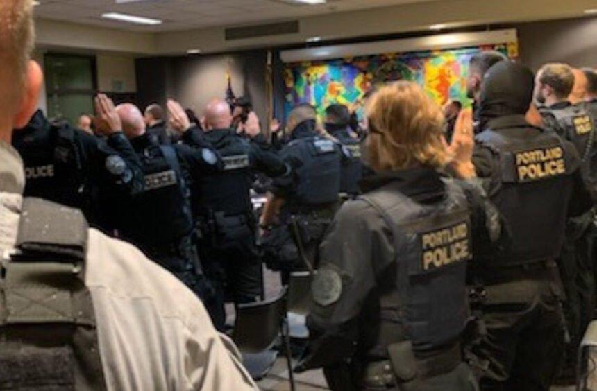 Portland police deputized federal marshals