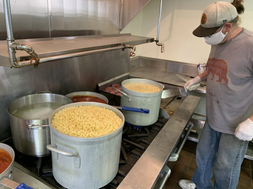 Salvation Army preps meals in Bend
