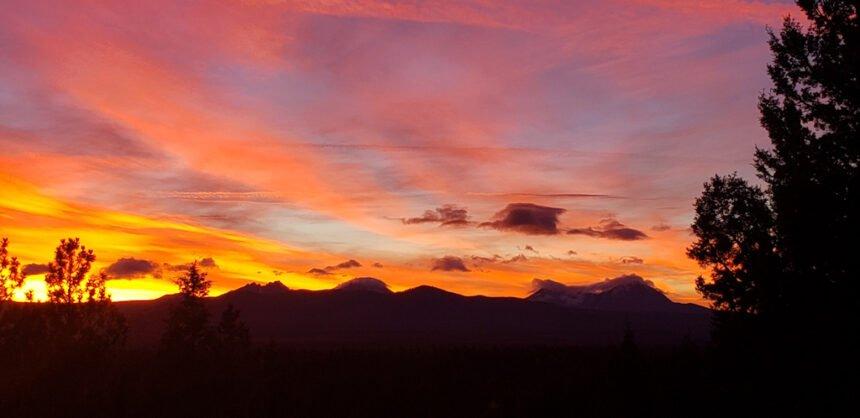 Awbrey Glen sunset Gary D 1017