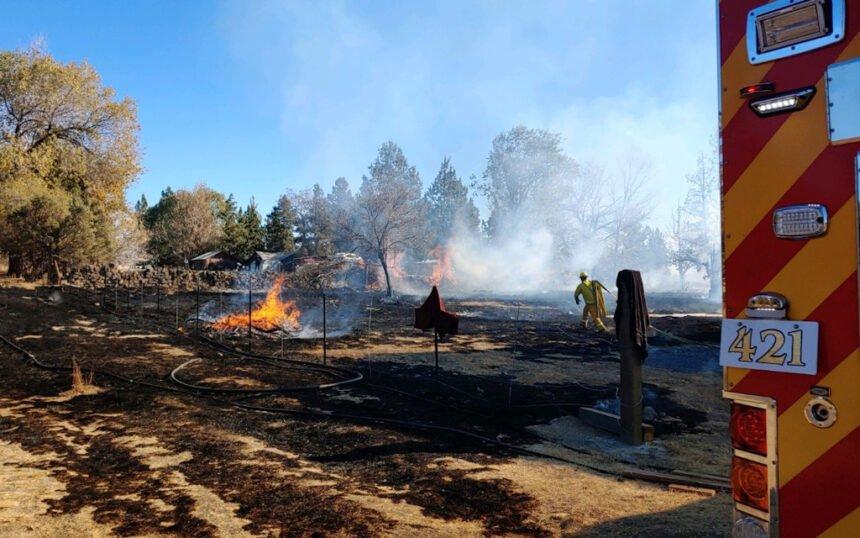 Redmond Northwest Way brush fire 1029