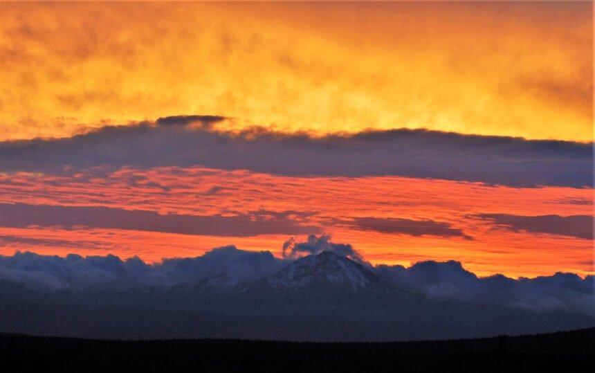 Sunset Redmond toward Three Sisters Steve Hughes 1013