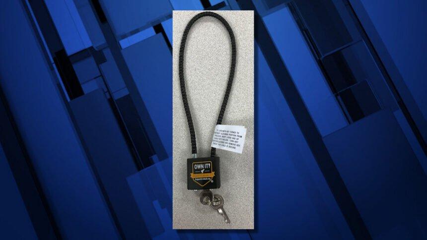 Child-safe gun lock RPD 1105