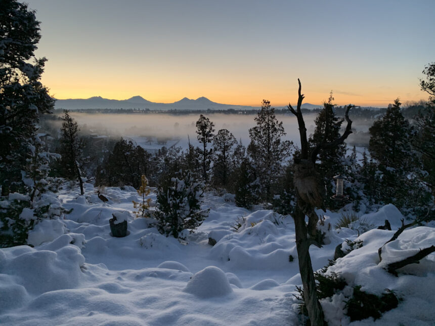 Tumalo snow fog mountains Joe Vonheideken