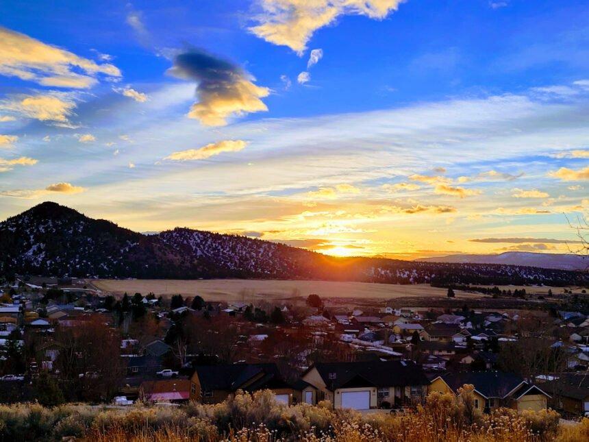 Sunrise over Prineville Richard Anstine 131