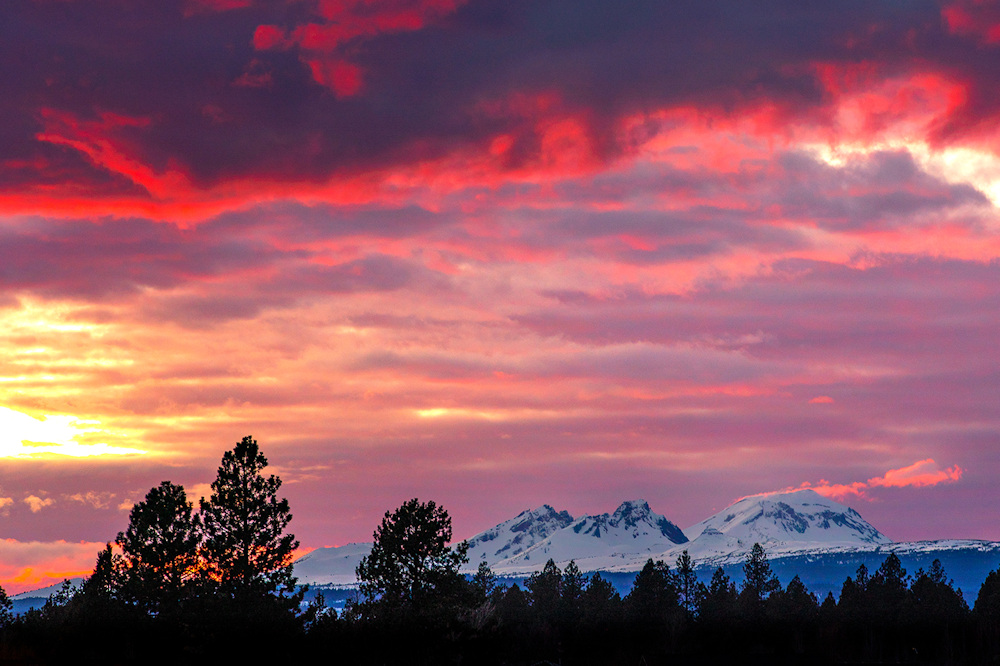 A dazzling sunset over Bend