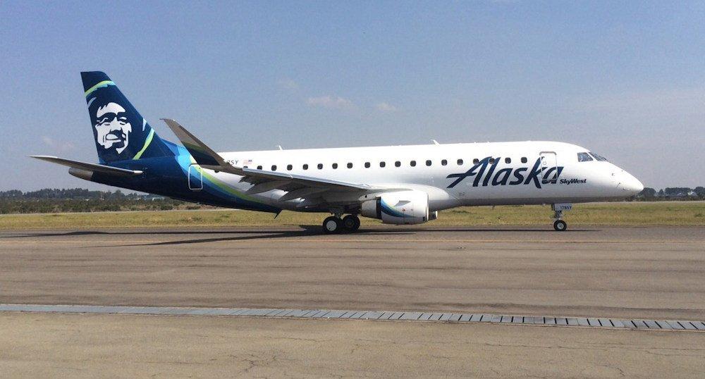 Alaska Airlines/SkyWest Embraer 175 regional jet