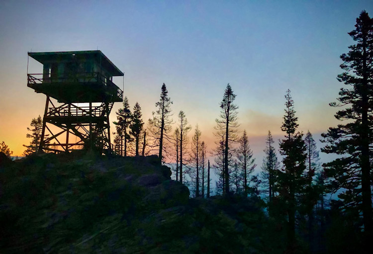 Lookout tower near the Bootleg Fire in S. Oregon