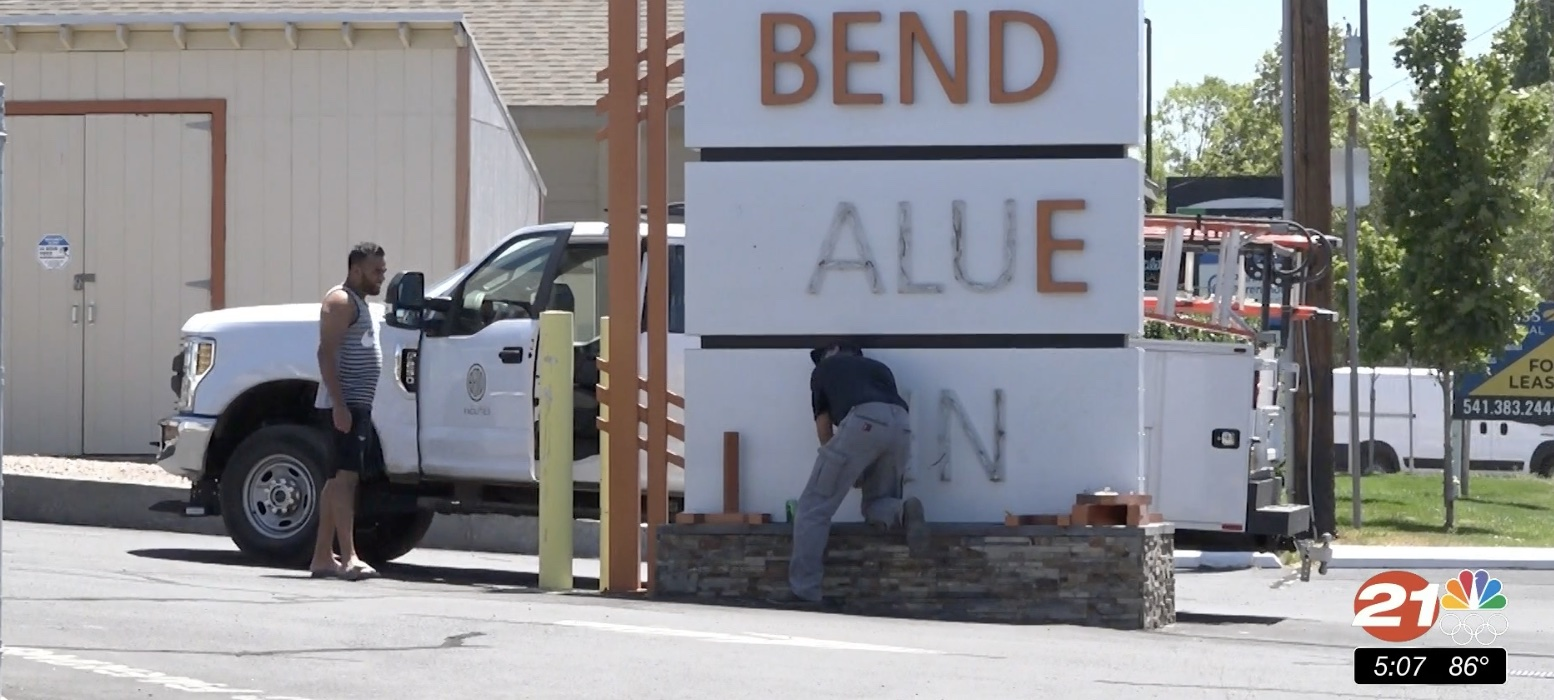City of Bend removes Bend Value Inn motel sign after city acquires property to convert into shelter