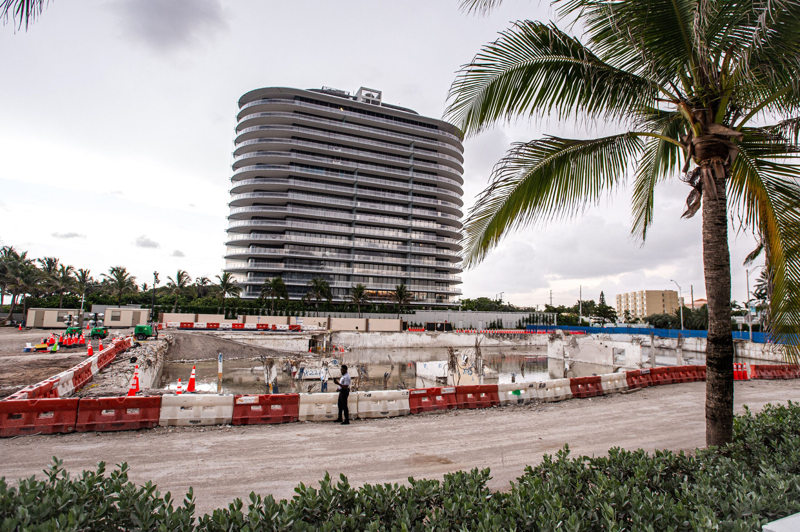 <i>Giorgio Viera/AFP/Getty Images</i><br/>General view of the land where the partially collapsed Champlain Towers South building was located  on July 23