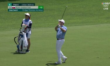 Sabbatini sinks second shot for final round eagle