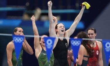 Australia wins 4×100m medley relay