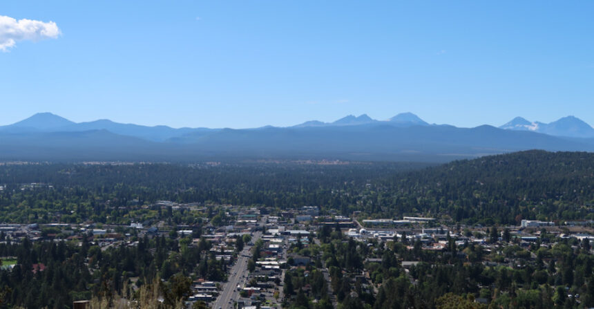 Bend view from Pilot Butte mountains Johnny Oliver 915