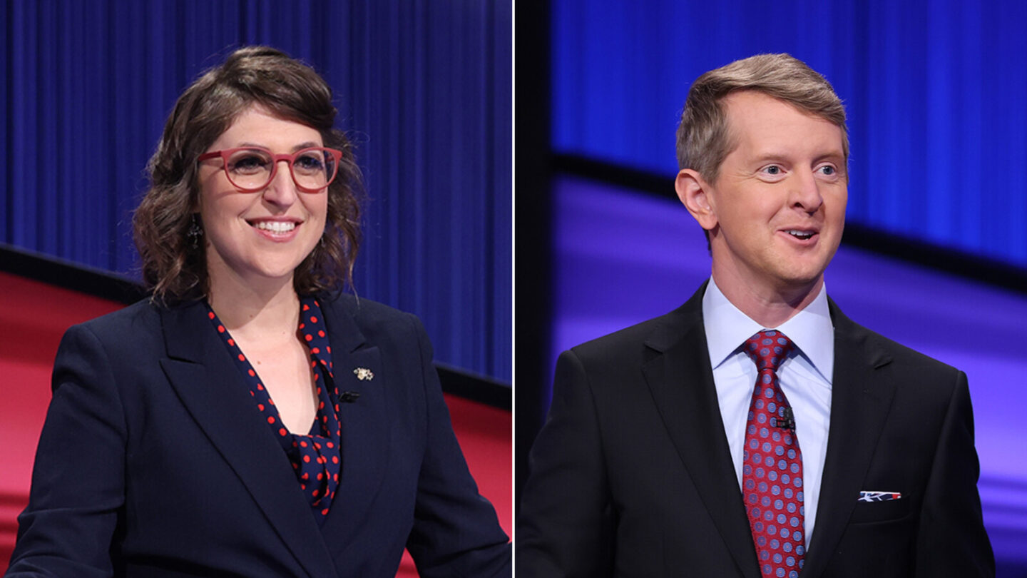 <i>Jeopardy/Twitter</i><br/>Mayim Bialik and Ken Jennings will host the show